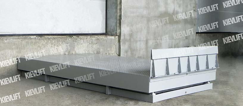 вантажопідйомний стіл